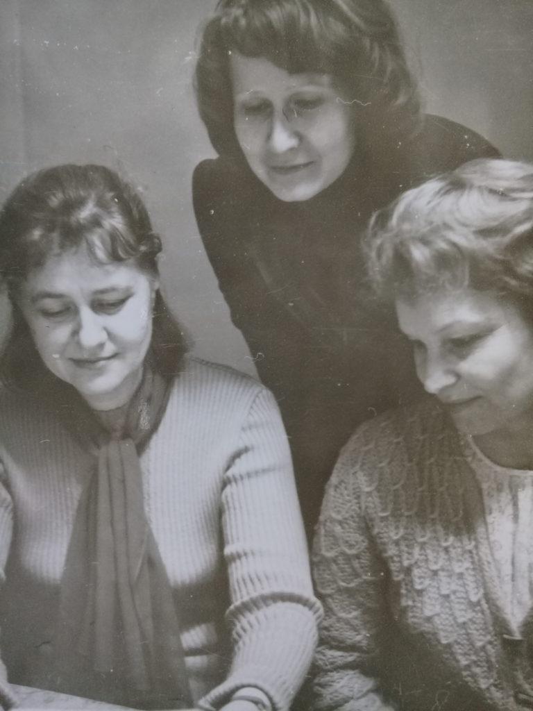 Преподаватели фортепианного отделения, 70 е годы: А.М. Чиркова, Н.Н. Седакова (Молявко), В.В. Лобойко (слева направо).