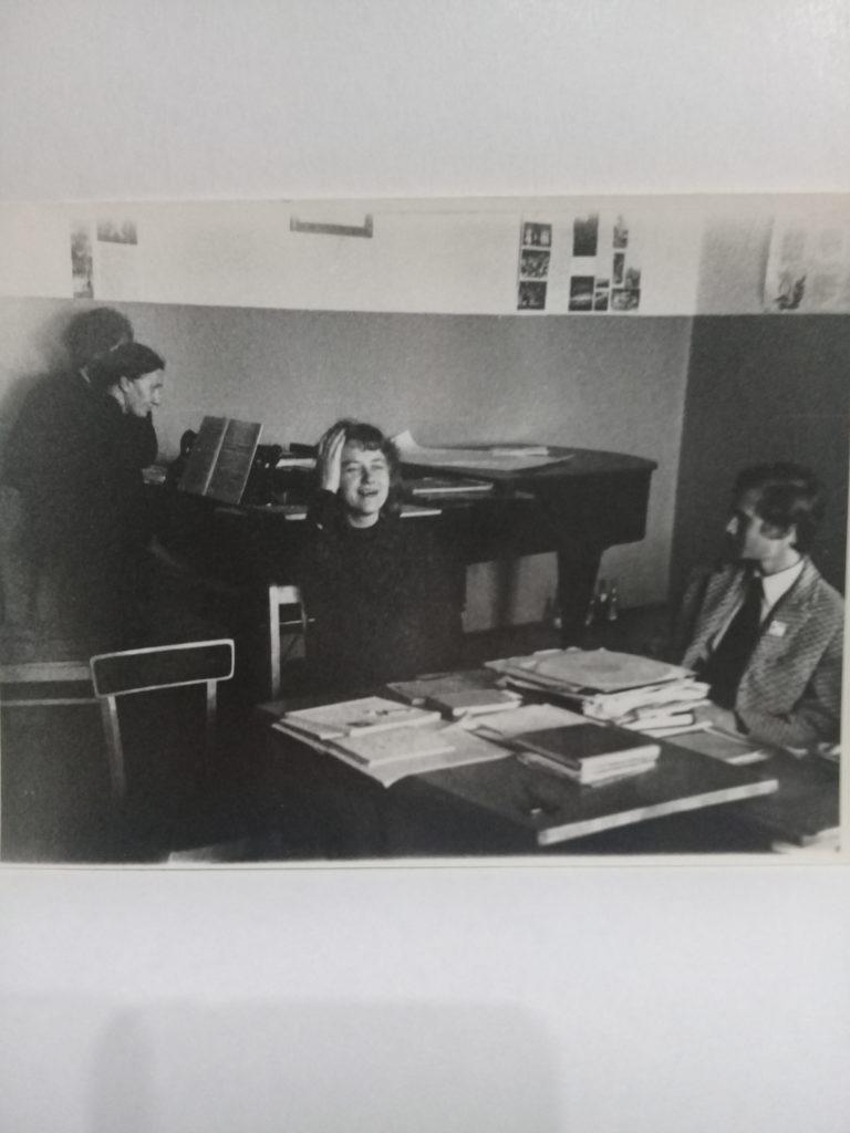 Экзамен по музыкальной литературе, 1973год. И.М. Образцова,,  А.М. Чиркова (в центре),  Андрей Иванов (студент 4 к. фортепианного отделения)